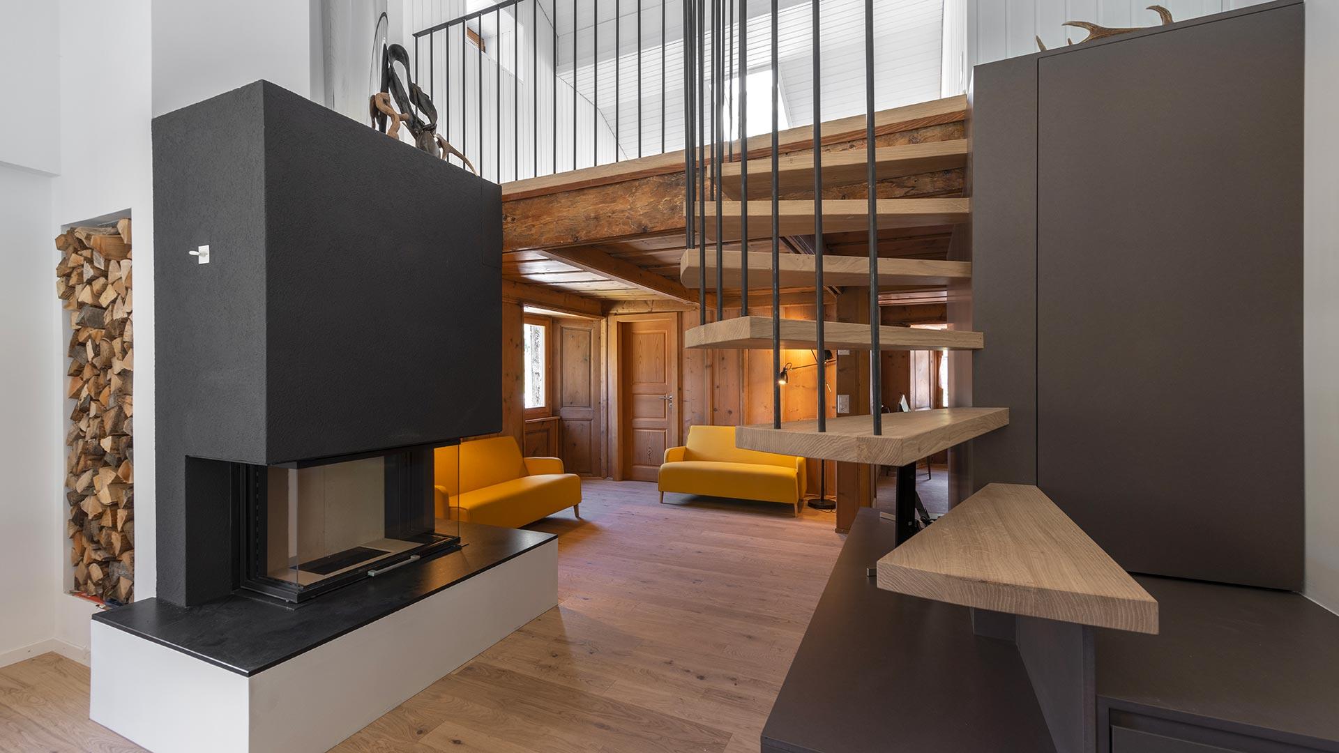 cuisine reno04 - Escaliers tournants, volants...