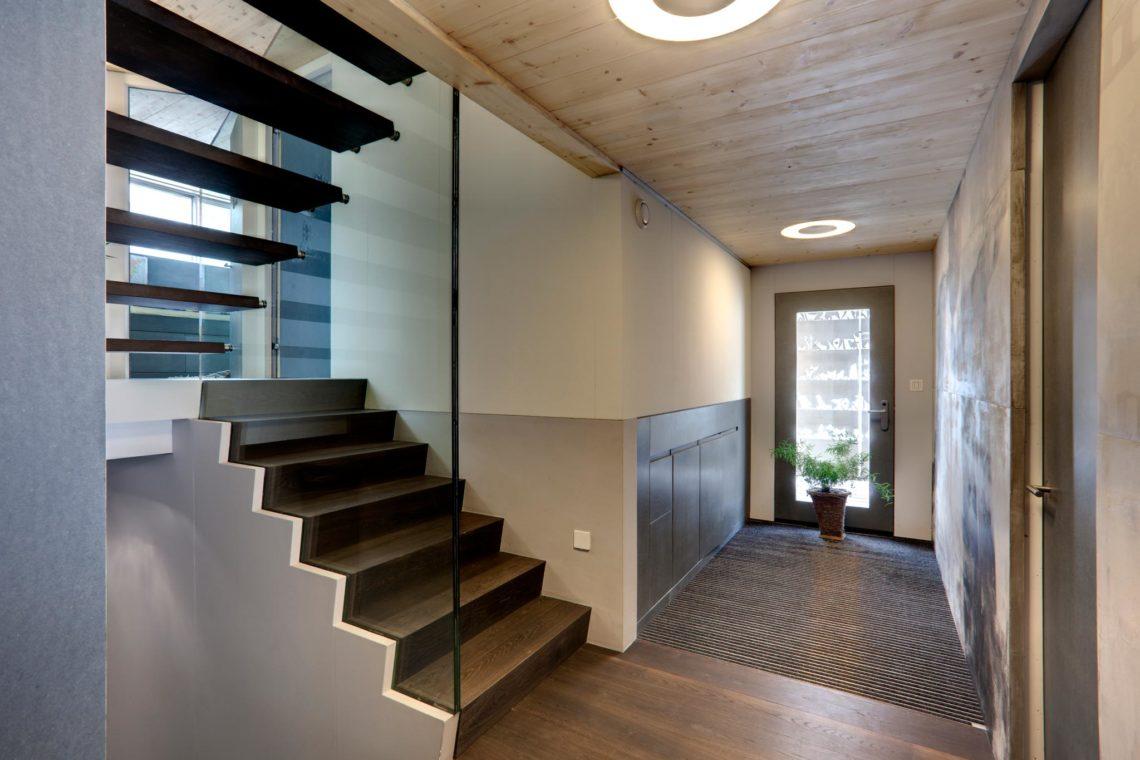 """eskiss 1441 perrey entree021 1140x760 - Escaliers """" Le Perrey"""""""