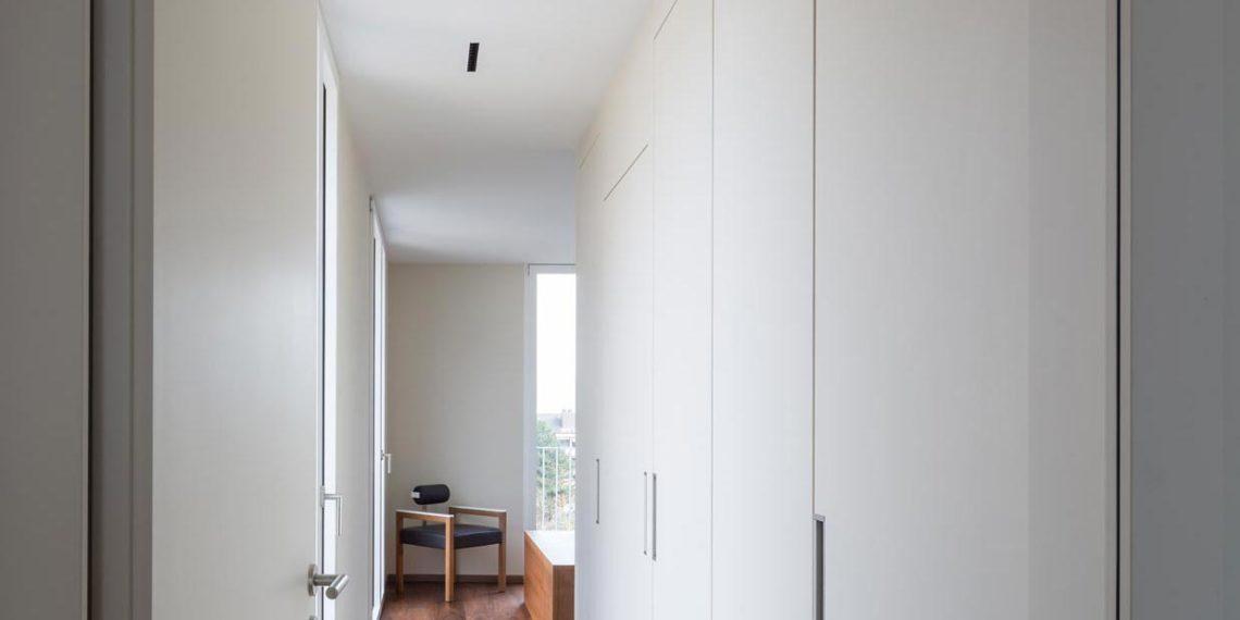 ES Voi 4247 armoire mea 20 05 011mea 1140x570 - Lilo 4 - Un appartement agencé autour de la vue