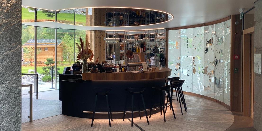 """ES Aca 5760 bar mea 20 08 014 - L'hôtel """"Au Club Alpin"""" à Champex"""