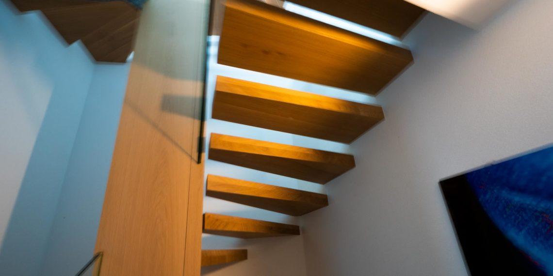 ES Gin 7697 escalier hor 21 01 1016 1140x570 - L'habitat personnalisé