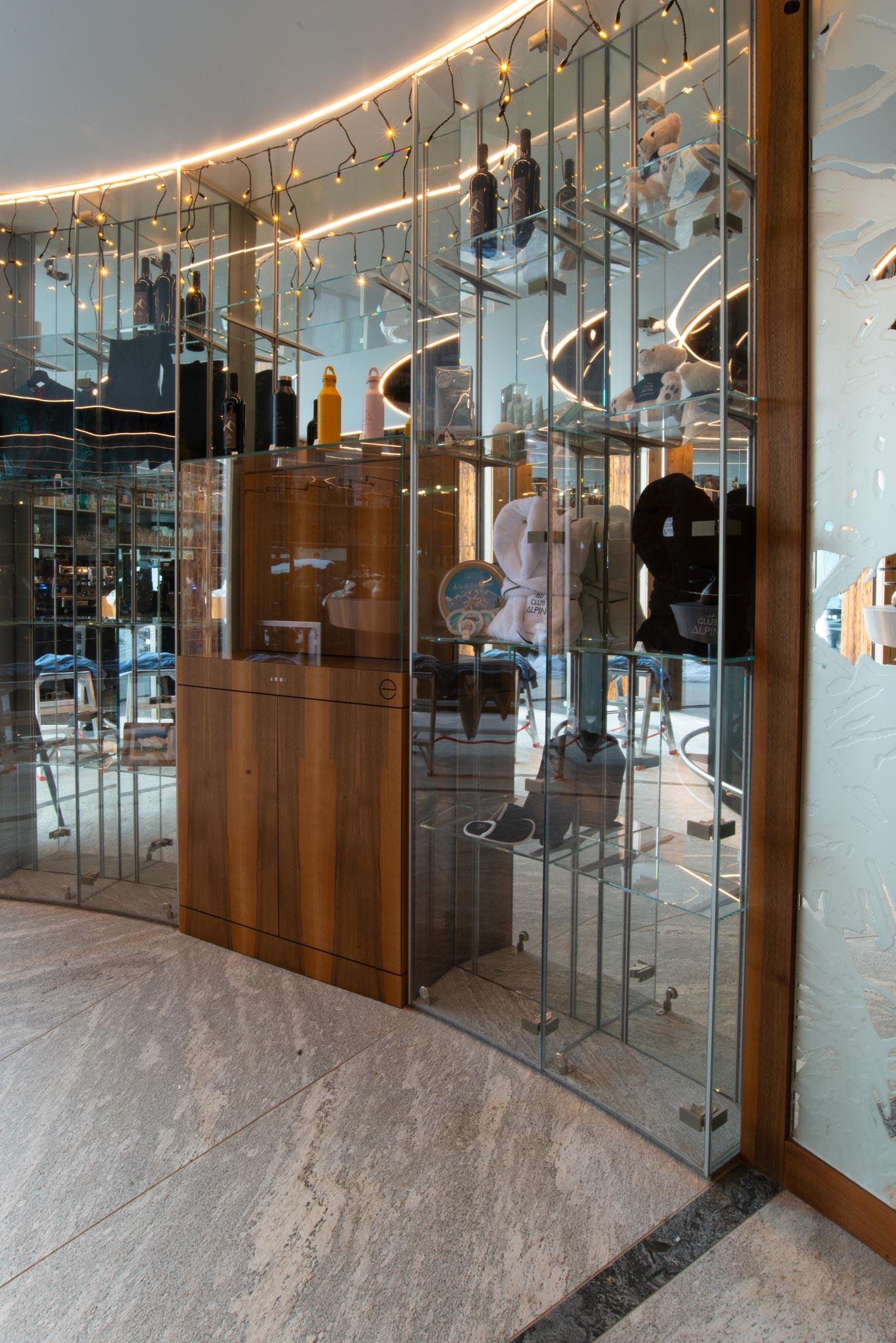 201216 ACA Bar hotel 001 - Bar le 1465 du Club Alpin