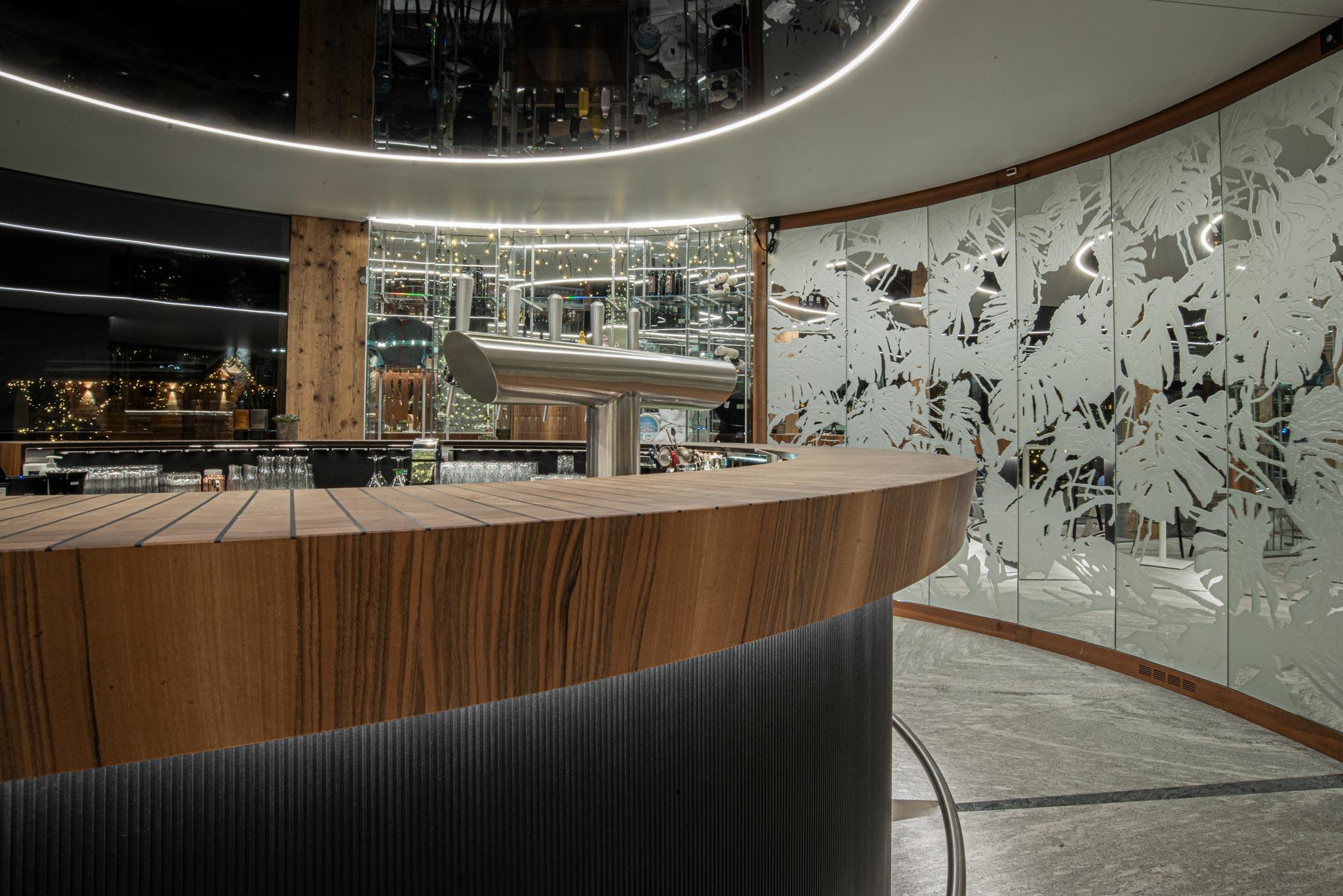 201216 ACA Bar hotel 032 - Bar le 1465 du Club Alpin