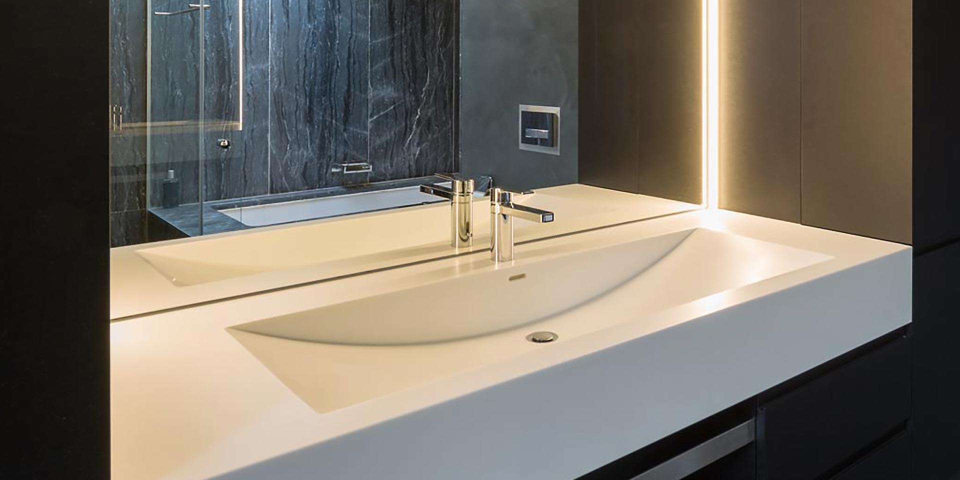 salle-de-bain-valchromat-staron